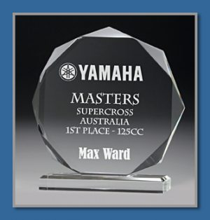 18mm thick acrylic award in presentation box