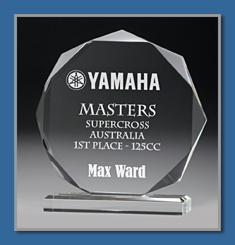 18mm thick acrylic award in presentation box