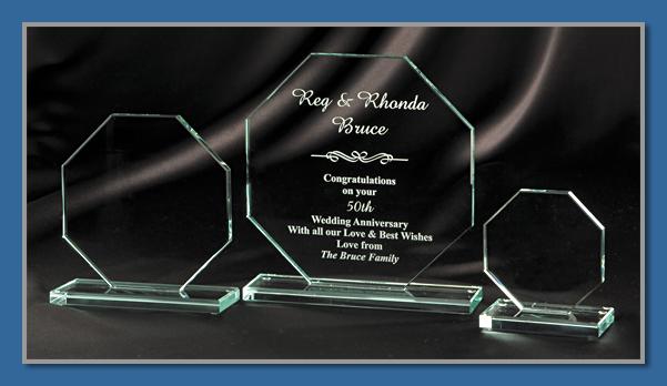 Economy glass trophy 4