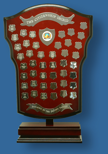 Freestanding trophy shield 70 cm tall